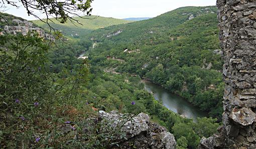 Château de Féreyrolles Naturiste: Camping & Bungalows