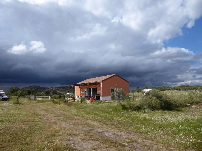 Dreigende luchten boven Maral in juni 2018