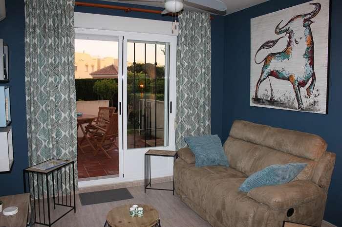 Leuk vernieuwd 2-persoons appartement in naturistendomein te Vera Playa te huur