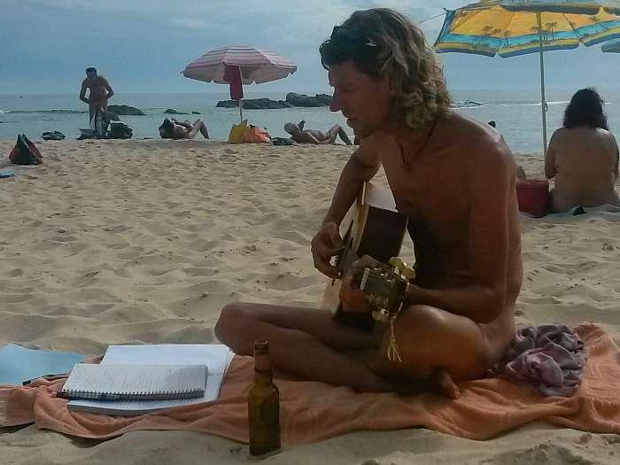 Live muziek voor naturisten