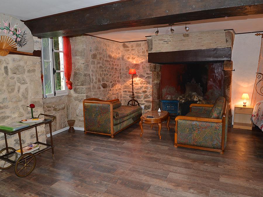 Bouwe en Tessa de Jong ( ) Algemene mededeling - De accommodaties bevinden zich in de oude molenaarshuizen - Een van de accommodaties op de begane grond: Barcarolle