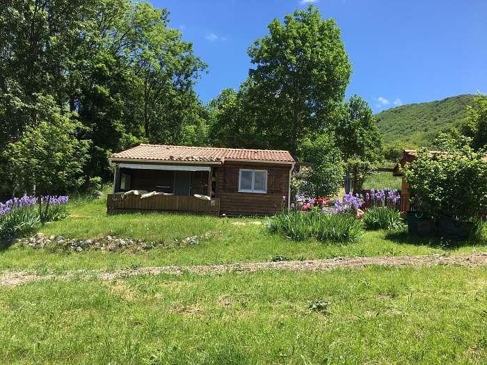 Les Routelles en Provence: Parc Résidentiel de Loisirs Naturiste