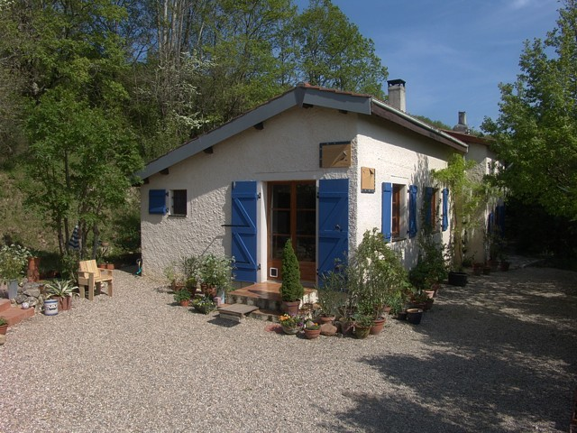 Romantisch huis in de Tarn - Het huisje in het groen