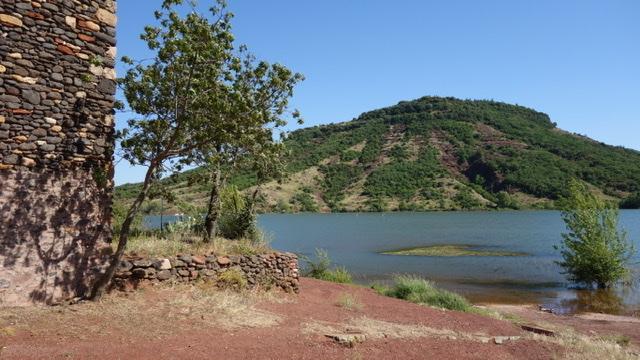 Van Dijk - Le Village du Bosc - Uitzicht Village du Bosc - Lac du Salagou